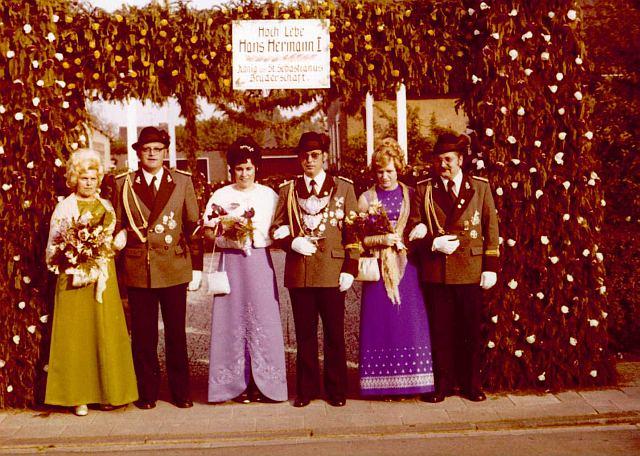 Dreigstirn und Damen 1974