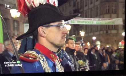 Der große Schützenzapfenstreich in Frankfurt